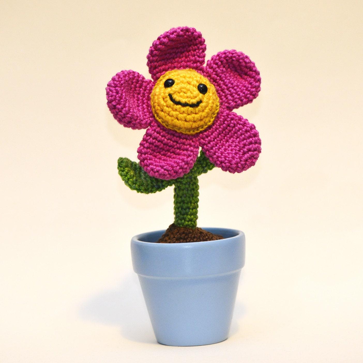 Amigurumi Flower Pot : Crochet potted flower amigurumi Tulip plant by MsToosh on Etsy
