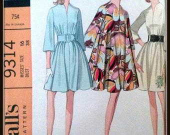 McCall's  9314  Misses' Dress  Vintage 1968  Size UNCUT