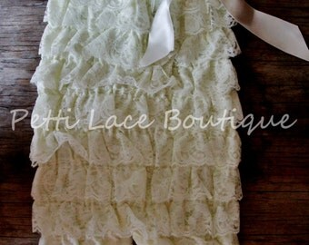 Lace romper, Ivory romper, girls romper, petti romper, 1st birthday outfit, photo prop outfit, toddlers romper, baby romper