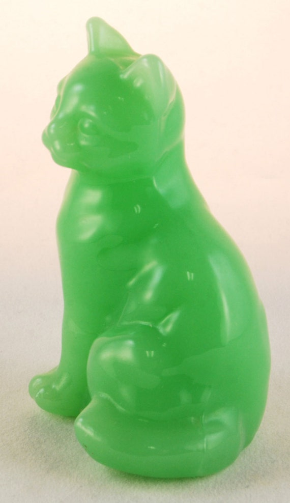 Fenton Jade Green Glass Cat By Donnasantiques On Etsy