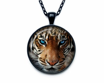 Tiger pendant Tiger necklace Tiger jewelry nature necklace
