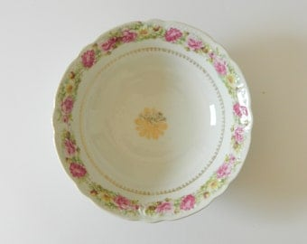 CLEARANCE  Fine Bone China Serving Bowl, Vegetable Bowl, Victorian Cabbage Roses, Unmarked