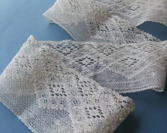 Antique Ivory Lace