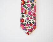 Red floral tie, Liberty of London Print Tie, red skinny tie, red wedding necktie, casual wedding tie, tie for wedding, groomsmen attire