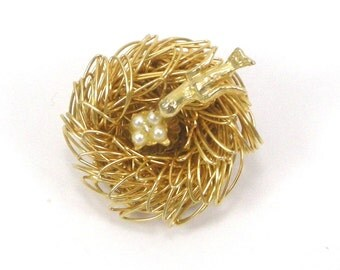 Bird Nest Brooch Gold Tone Faux Pearls Pin Vintage Jewelry