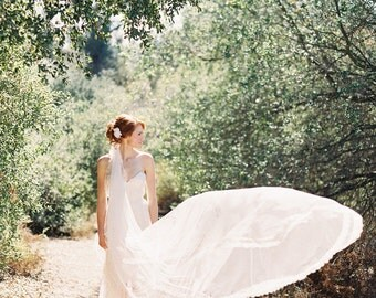 Wedding, Bridal Veil, Chantilly Lace, Lace Veil, Tulle, Ivory, Cathedral Veil - Style 217