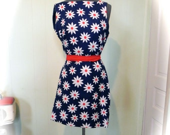 Vintage Dress Reversible Vintage 60s blue white and red Daisy Print Mini Dress sz sm - on sale
