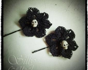 hair pins - Fleurs du Mal - ooak,  crochet flower bobby pins, set of two, PAIR, gothic,  victorian, neovictorian, mourning, dark romance