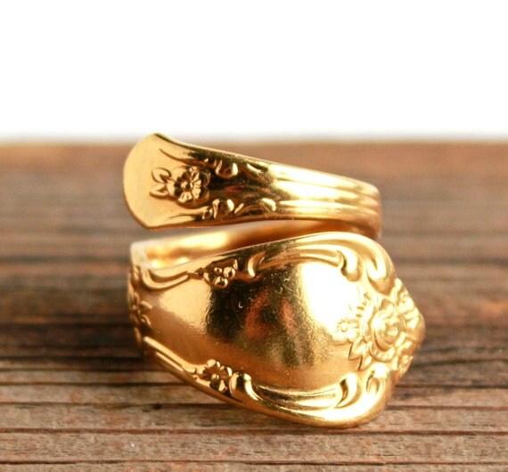 Vintage Gold Tone Spoon Ring Wma Rogers Oneida Ltd Flatware