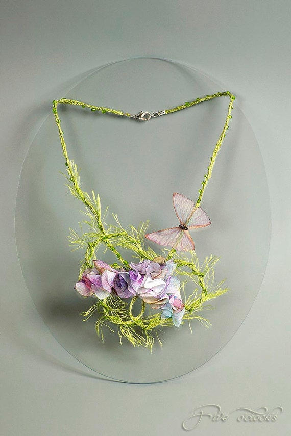 Whimsical textile butterfly necklace for spring wedding. Unique fiber art fairy jewelry made of linen with lily flowers.