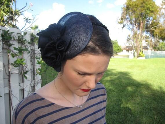 bleu marine soie fleur sinamay bibi chapeau avec voile et noir perl garniture bandeau pour - Serre Tete Chapeau Mariage