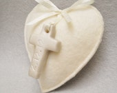 10 Baptism Favor Fragrant Felt Heart Pearl Clay Cross with Date of Event/ Organza Gift Bag Rose or Lavender FAVOUR