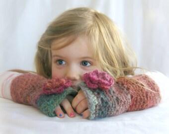 Fingerless Gloves, Flower Mittens, Crochet Mittens, Ombre Knit Mittens, Fingerless Mittens, Little Girl Mittens, Girls Wrist Warmers