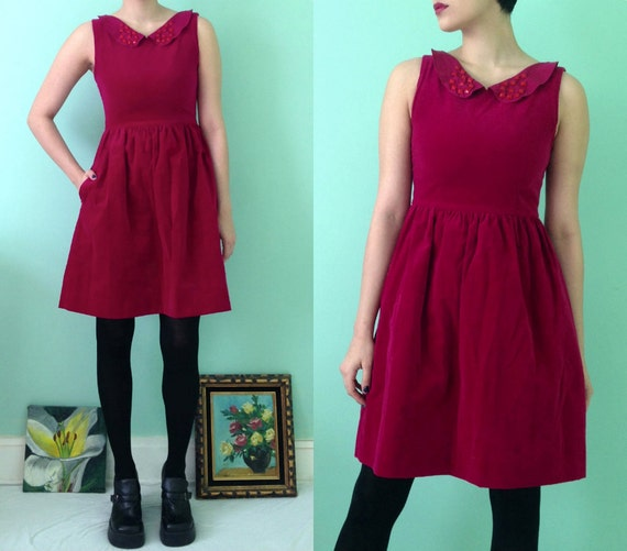 Upcycled Vintage Petite Lanz Raspberry Velveteen Sleeveless Mini Dress / Peter Pan Collar Red Studs Pink Round Buttons Velvet / Small 2-4 - skella
