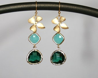 Flower earrings with blue and green drops