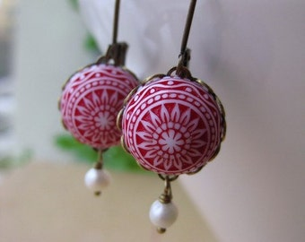 """Morocco Domes vintage earrings """" design,structure,red,white,vintage,earrings,summer,marrocan,"""