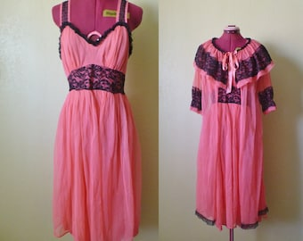 vintage sheer pink lace nightgown with robe. sleepwear set. pink lingerie. pink nightgown. lingerie set.