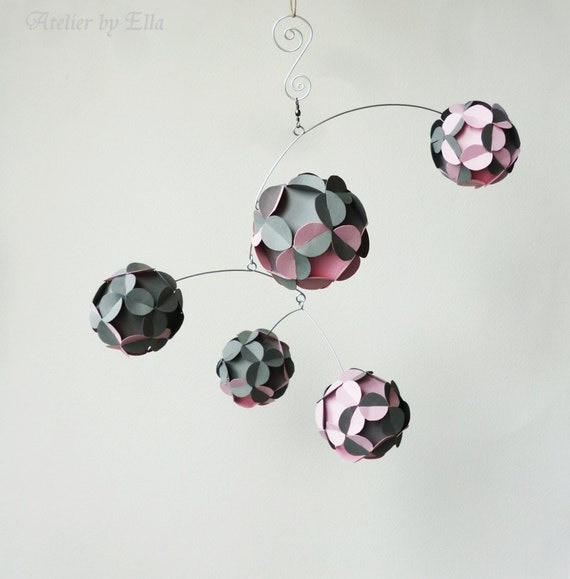 Hanging Mobile , Kinetic , Gray and Baby Pink , Nursery Room Decor , Home Decoration , Mobiles for Girls - AtelierByElla