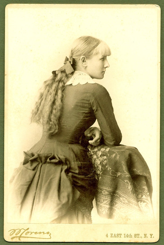 Unusual back view long haired beauty cabinet card by obscurio for Odd victorian names
