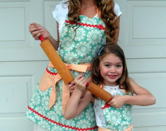 Mother Daughter Matching Aprons Reversible Apron Set Teal and Tangerine