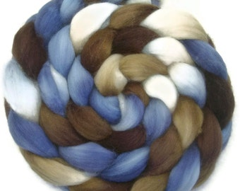 Handpainted Superwash BFL Nylon 80/20 Sock Roving - 4 oz. SANDPIPER - Spinning Fiber