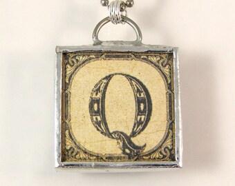 Letter Q Initial Pendant Necklace