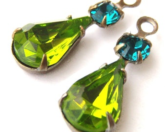 Olivine Green Vintage Glass Beads, Brass Settings, 22mm x 7mm, Pear Teardrop, Olive Green, Rhinestone, Color Choice, Glass Gems, One Pair