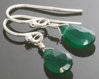 Green Onyx Sterling Silver Earrings s13e031