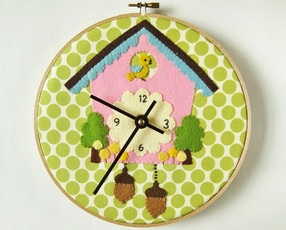 Items similar to cuckoo clock appliqué on olive green