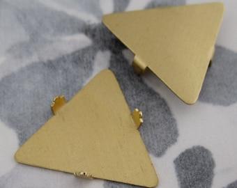 6 pcs. raw brass triangle pronged settings 21mm - f2726
