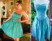 SKY Blue 1980's does 50's Vintage Teal Blue Sweetheart Strapless Party Dress with Side Bow by All That Jazz size Small