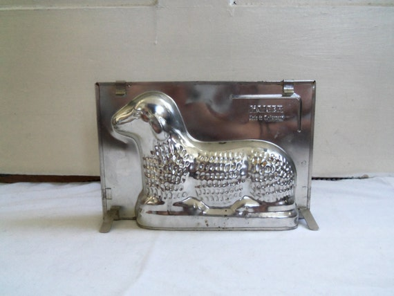 vintage kaiser backform lamb mold with original box