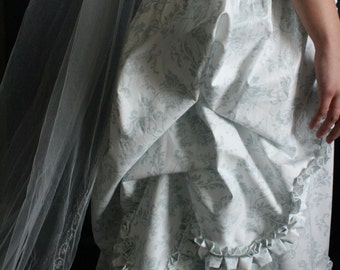 Marie Antoinette Colonial Robe a'la Polonaise Garden Wedding Gown DAR