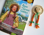 Anne of Green Gables Straw Skimmer with Red Braids and Green Bows Brooch Pin