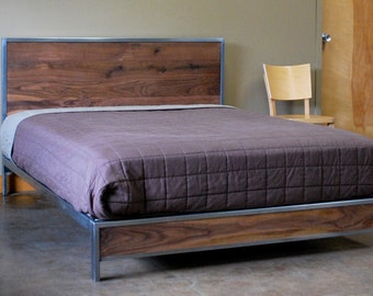 The Early Century Bed - Queen Size