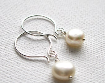 Cream Freshwater Pearl Earrings. Sterling Silver Earrings. Dainty Earrings. Wedding Earrings. Bridesmaid Earrings. UK Earrings