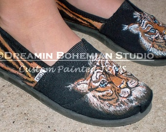 Custom Painted TOMS, Hand Painted Tigers, Tiger Stripes print, Custom Toms, Painted Toms, TOMS, Painted Slip Ons, Custom Toms Shoes, Tigers