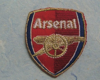 Arsenal Iron On Patch / Applique 64x55mm (2.5x2.15 inches) - Code PC090