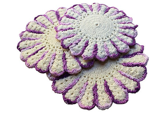 Vintage Crocheted Pot Holders - Purple and White Potholders - Vintage Kitchen Pot Holders - Cotton Trivets