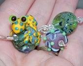 Samantha Beads -  Lampwork  Frog bead Pendant                   Peace