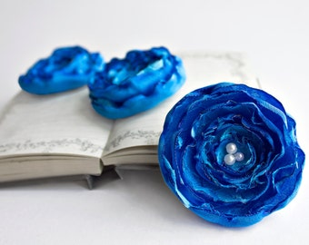 Azure fabric flowers - 3 big handmade appliques, blue wedding flowers, sew on embellishments, singed satin decor flowers, jewelry making
