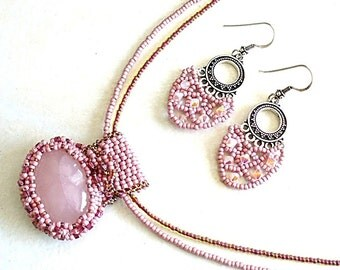 Fertility Stone, Pink Rose Quartz Pendant, Chakra Necklace, Pendant and Earings -S2012-01