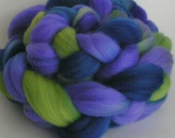 Roving Fiber Top COLUMBIA Wool FLOWER GARDEN Hand Painted Top Spin  Craft Handpainted 4 ounces