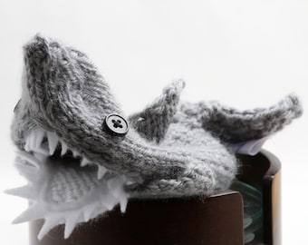 Shark Water Bottle Cover-Father's Day, Girl friend, Boyfriend, Geeky, weird, Shark Lover, etsyshop, handmade, unique, Friends