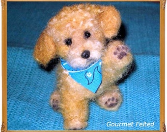 Handmade Animal Sculpture / Custom Pet Portrait / Your DOG in Miniature / Needle Felted Dog / Cute / poseable ex Goldendoodle animated style