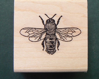P22 Tiny Honey bee rubber stamp miniature WM 0.8x0.5