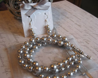Bride or Bridesmaid Pearl Jewelry Set - 3-Stand Pearl Toggle Bracelet and Pearl and Rhinestone Earrings