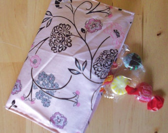 Reusable cloth snack bag - Pink and Black Floral also use for tea first aid cosmetics jewelry