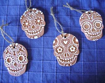 Ceramic Terra Cotta Clay Calavera Day of the Dead Skull Dia de los  Muertos Christmas ornament