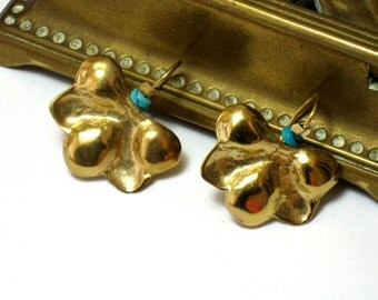 Hammered Gold Dangle Flower Earrings- Handcrafted Solid Gold Jewelry-Yellow Gold Turquoise Earrings-Fine Jewelry Dangle Earrings
